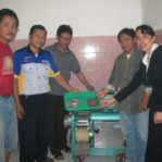 Pelatihan Mesin Pemisah Daging Dengan Tulang Ikan Fish Meat Bone Separator