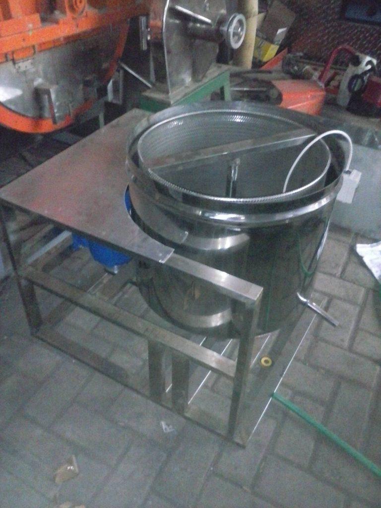 mesin peniris minyak kripik buah