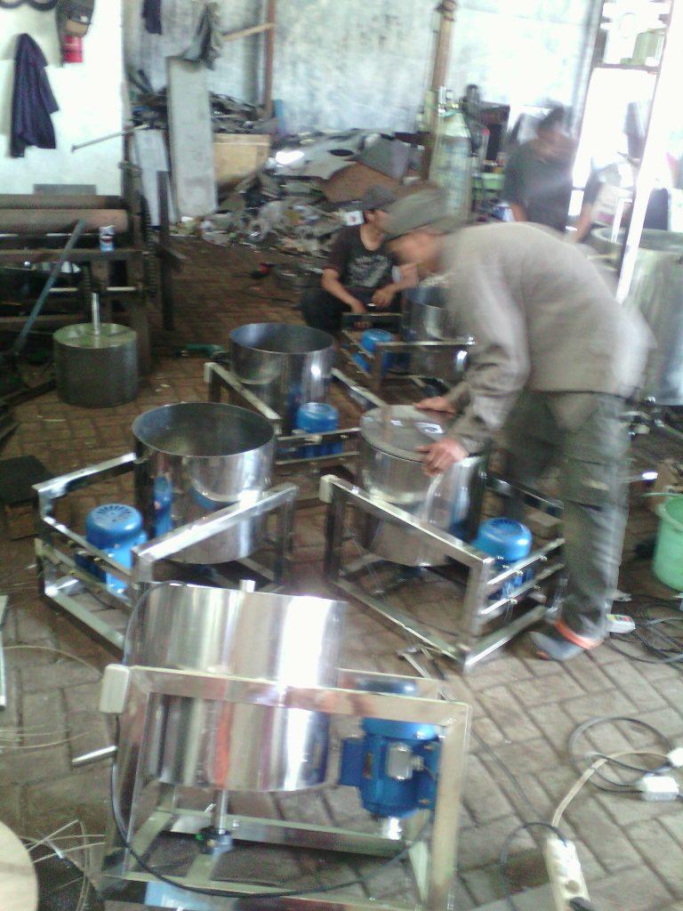 Pembuatan Mesin Peniris Minyak