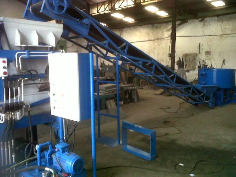Mesin Pencetak Batako Paving Hidrolik