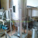 Mesin Pengaduk Vertikal Pakan Ternak Kapasitas Kecil